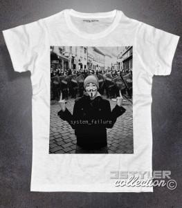 anonymous t-shirt donna bianca ispirata al recente fenomeno di ribellione nato online