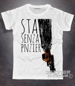 gomorra t-shirt uomo con scritta sta senza pnzier e immagine pistola stilizzata