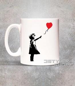 balloon girl tazza mug banksy raffigurante una bimba con un palloncino a forma di cuore