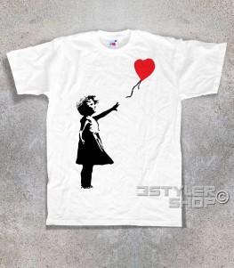balloon girl t-shirt uomo banksy raffigurante una bimba con un palloncino a forma di cuore
