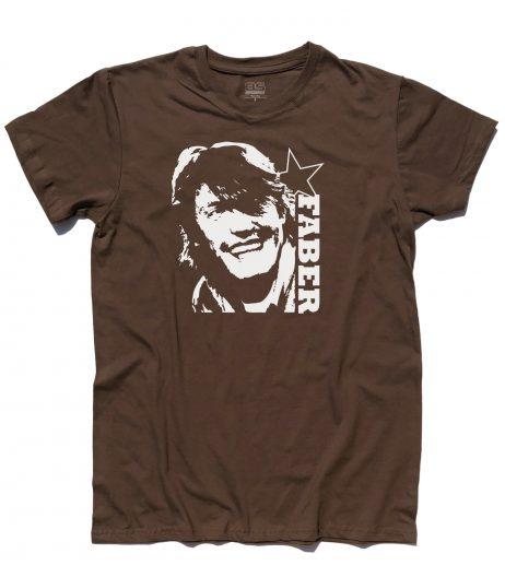 de andrè t-shirt uomo con l'immagine stilizzata di de andrè e scritta faber