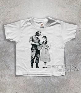 dorothy t-shirt bambino raffigurante un poliziotto che perquisisce dorothy del mago di oz