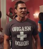 Orgasm donor t-shirt con scritta Orgasm donor e croce al centro. Uguale a quella indossata da stifler in american pie