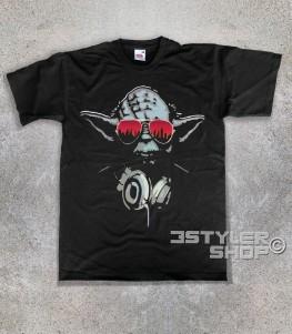 yoda dj t-shirt uomo raffigurante il maestro jedi con le cuffie da dj