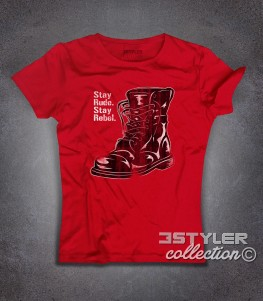 stay rude stay rebel t-shirt donna raffigurante un anfibio antichizzato in stile skinhead