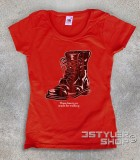 "boots t-shirt donna ispirata alla canzone di nancy Sinatra ""these boots are made for walkin'"""