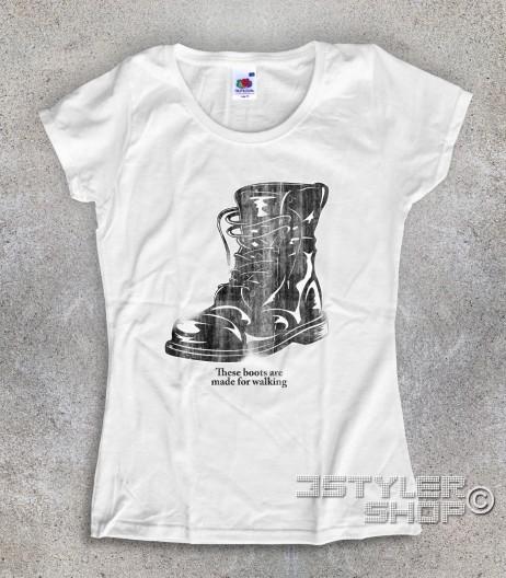 boots t-shirt donna ispirata alla canzone di nancy Sinatra
