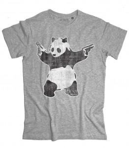 panda pistole t-shirt uomo raffigurante l'opera panda with guns di banksy